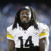 Sammie Coates shows off broken fingers after OTA practice