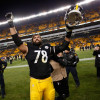 Steelers' teammates back Alejandro Villanueva on a new contract