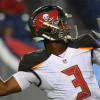 Winston puts on a show in Bucs 30-14 win over Titans